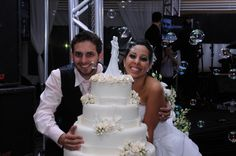 Embrace Cake topper designed by Gina Freehill. Another STUNNING couple from BRAZIL! Looking gorgeous Glenda! Esclusive ARTIST SIGNATURE piece!