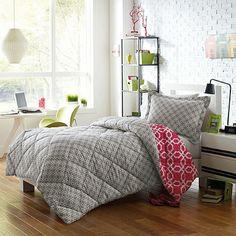 Micro Splendor Quinn Reversible Comforter Set - BedBathandBeyond.com