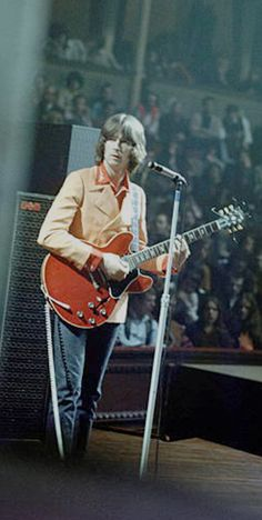 Rock And Roll Bands, Rock N Roll Music, Cream Eric Clapton, Ginger Baker, Jack Bruce, Tears In Heaven, 60s Rock, The Yardbirds, Tina Turner