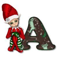 Alfabeto navideño con juguetes vestidos de Santa.