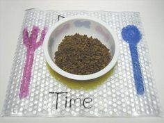 Complete Pet Food Mat - so cute, make your own!