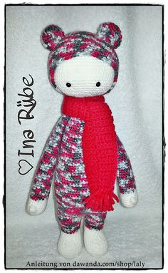 BINA the bear made by Ina / crochet pattern by lalylala