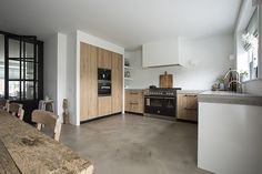 Kitchen Room Design, Home Decor Kitchen, Interior Design Kitchen, Home Kitchens, Kitchen Dining, Kitchen Cabinets, Happy New Home, Kitchenette, Küchen Design