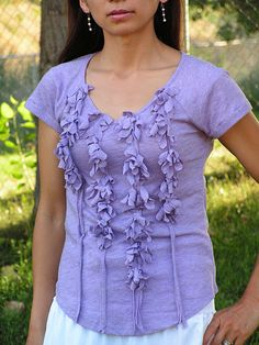 so many cute ways to transform a shirt with ruffles on this site!!