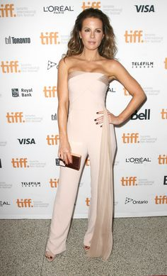 Kate Beckinsale Box Clutch - Kate Beckinsale complemented her jumpsuit with a Lee Savage Broken Space box clutch.