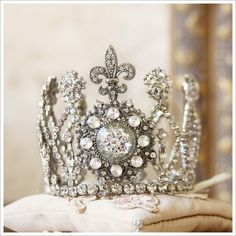Petite Fleur de Lis Crown from a gilded life. Royal Crowns, Royal Jewels, Tiaras And Crowns, Crown Jewels, Invisible Crown, No Rain, The Crown, Kate Middleton, Jewelery