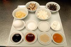Recette - Soupe aigre-douce de Suzanne Liu | Recettes-de-chefs.ca Suzanne, Spring Rolls, Chefs, Curry, Pudding, Desserts, Food, Cream Soups, Asian Cuisine