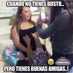 Bendito!!! Jajajaja Funny Spanish Memes, Spanish Humor, Spanish Quotes, Funny Memes, Jokes, Funny Photo Captions, Funny Photos, Stupid Funny, Hilarious