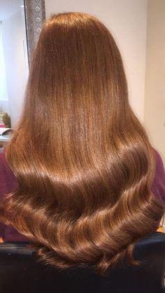 Light Auburn Hair, Hair Color Auburn, Copper Highlights On Brown Hair, Red Hair Inspo, Chestnut Hair, Hair Colour Design, Beautiful Red Hair, Strawberry Blonde Hair, Ginger Hair
