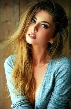 10 Simple All Natural Beauty Tip Most Beautiful Faces, Beautiful Girl Image, Gorgeous Eyes, Beautiful Celebrities, Gorgeous Women, Brunette Beauty, Hair Beauty, Woman Face, Pretty Face