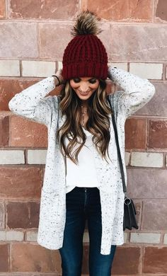 Popular Winter Outfit Ideas For Women 20