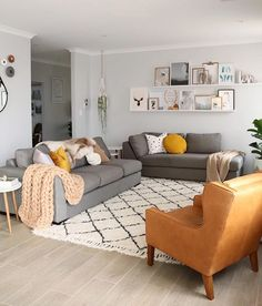 grey living room grey couch to refresh your home grey living room grey couch to refresh your home Amazing Living Room Design Ideas Mustard Living Rooms, Grey And Yellow Living Room, Living Room Decor Yellow, Grey Room, Rugs In Living Room, Home And Living, Modern Living, Luxury Living, Simple Living