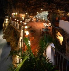 The Summer Cave - A restaurant in a cave overlooking the sea in Italy!