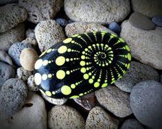 Colorfull malte Kiesel Kunst Dot Mandala Stil-natürliche Eco Natur Stein Rock Art Craft Handmade Home, Office & Garten Decor.