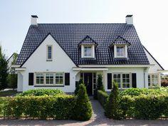 Wit gekeimd huis