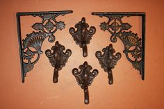 Antique-Look Shelf Brackets Wall hook Set Elegant Home Decor, Elegant Homes, Victorian Wall Decor, Cast Iron Shelf Brackets, Hat Hooks, Iron Decor, Iron Wall, Shell Crafts, That Way