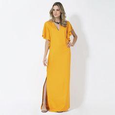 O amarelo ouro é aposta máxima da coleção de verão da S. Label nossa linha conceito. Invista! [Acesse a e-store pelo link na bio e shop now!] #EstiloSacada