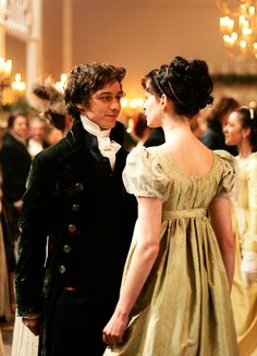 James McAvoy & Anne Hathaway in 'Becoming Jane' (2007).