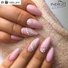 54 Simple Spring Nail Designs for Short Nails and Long Nails – The First-Hand Fashion News for Females - Nail art designs Cute Nails, Pretty Nails, My Nails, Cute Shellac Nails, Short Nail Designs, Nail Designs Spring, Green Nail Designs, Flower Nail Designs, Simple Nail Art Designs