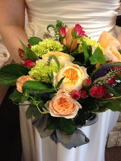 Late summer lovely!  This is all natural, no wires and very little preservative on a hot day. This bride wanted to be as friendly to the earth as possible. She wanted to compost her flowers.
