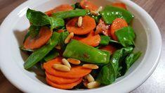 Veganer Zuckerschotensalat - Rezept von Eat Me Thai Curry, Green Beans, Stuffed Peppers, Vegetables, Food, Tasty Salad Recipes, Raw Food Recipes, Stuffed Pepper, Vegans