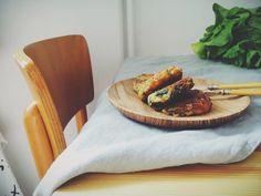 Kotlety ziemniaczano-szpinakowe z serem feta   White Plate