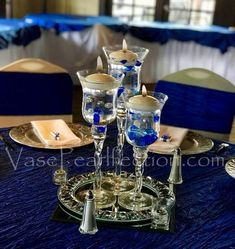 120 No Hole Royal Blue Gems & White Pearls - Jumbo/Assorted Sizes Vase Decorations and Table Scatter The blue gems and white pearls float in clear water gels for elegant and unique vase centerpieces. Try it out for your wedding or event décor. Royal Blue Centerpieces, Pearl Centerpiece, Candle Centerpieces, Wedding Table Centerpieces, Vases Decor, Vase Decorations, Royal Blue Wedding Decorations, Centrepieces, Centerpiece Ideas