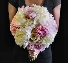 Wedding Bouquet...love the use of simple, pale color.