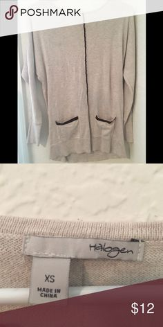 Nude sweater Nude thin sweater, perfect for fall time weather :) comes with two pockets in the front! Halogen Tops Tees - Long Sleeve