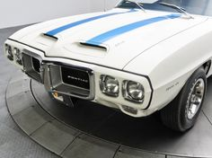 It's #ThrowbackThursday time! Check out this 1969 Pontiac Firebird Trans Am a #musclecar that has everything! #vintagecool
