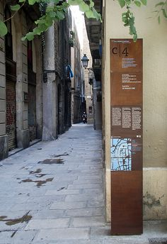 Barcelona, Old Roman Wall/Barri Gotic, considered rusty signage