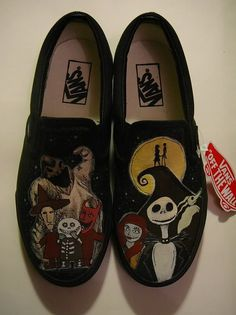 Nightmare Before Christmas shoes vans Tim Burton, Custom Vans Shoes, Christmas Shoes, Disney Bound Outfits, Disney Shoes, Hand Painted Shoes, Hot Shoes, Slip On Sneakers, Nightmare Before Christmas
