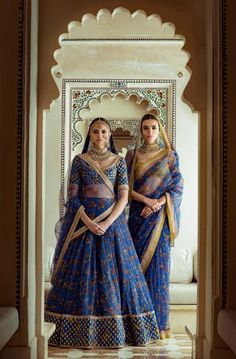 Sabyasachi Spring Couture The Udaipur Collection. Jewellery by Kishandas For Sabyasachi. Photograph by Tarun Khiwal. Bridal Lehenga Choli, Indian Lehenga, Sabyasachi Wedding Lehenga, Sabyasachi Dresses, Indian Bridal Outfits, Indian Dresses, Indian Clothes, Indian Attire, Indian Ethnic Wear