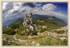 08_rarau_mountains_bucovina_slatioara_ladys_rocks.jpg 1.200×823 pixels