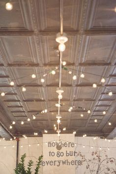 Large bulb string lights (Photo by Sequins and Candy)