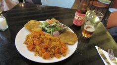 Camarones y arroz con coco, aconpañado cob la Monserrate roja :)