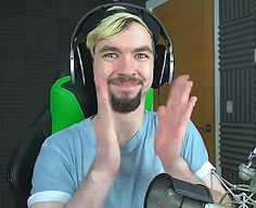 "jacksepticeyegifs:  """"I need you to clap your hands, no questions asked  "" """