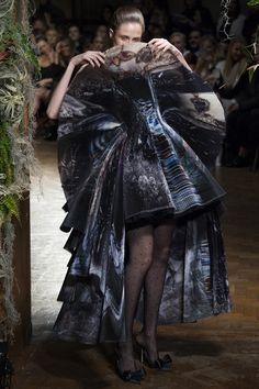 See the Giles autumn/winter 2015 show
