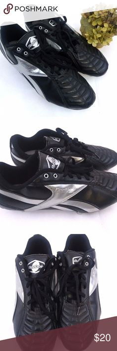 Reebok Mens SZ 15 Cleats Men's Reebok Football Cleats SZ 15 Black Silver Lace Up RB 505 WKO 19-133719 in preloved condition in overall great condition but missing 2 of the replaceable cleats. Reebok Shoes Athletic Shoes