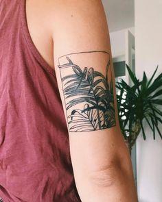 minimalist tattoo meaning Mini Tattoos, Body Art Tattoos, New Tattoos, Sleeve Tattoos, Cool Tattoos, Fashion Tattoos, Tattoo Sleeves, Tatoos, Creative Tattoos