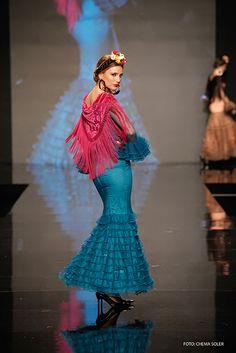 El ropero de Manuela Alexander Mcqueen, Michael Kors, Costumes, Folklore, Dresses, Design, Passion, Women, Style