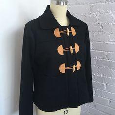 Sewing ahead of season is hard because I really want to wear this now! #berninacapsule #berninasewcialclub #grainlinestudio #cascadedufflecoatberninacapsule,berninasewcialclub,grainlinestudio,cascadedufflecoatJaime David