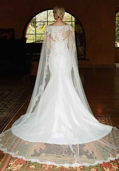 Beautiful BT16-29 Mermaid Wedding Dress - Nice lace cape for Sniuth/modesty