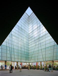 Centro Musical, Jesus Reyes, Barcelona, Famous Architects, Skyscraper, Multi Story Building, Louvre, Content, Design