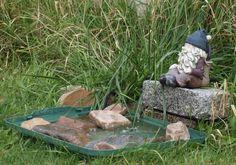 Convenient for cold weather bird bath water heater, choose yourself : Do It Yourself Bird Bath. Do it yourself bird bath. Bird Bath Fountain, Diy Fountain, Blue In Green, Diy Bird Bath, Bath Water, Backyard Birds, Bird Houses, Building, Outdoor Decor
