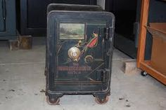 Antique Iron Safe Hall S Safe Company 1906 Safe Company