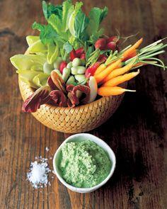 Cool crudite veggies with a minted pea & yoghurt dip - Jamie Oliver Jamie Oliver, Vegetable Recipes, Vegetarian Recipes, Healthy Recipes, Snacks Recipes, Vegetarian House, Vegetable Sides, Free Recipes, Pavlova