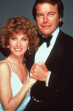 retro Stefanie Powers und Robert Wagner in Hart aber herzlich 80 Tv Shows, Great Tv Shows, Movies And Tv Shows, Gossip Girls, Matthew Mcconaughey, Hart Pictures, Tv Vintage, Stephanie Powers, Hollywood Life
