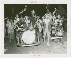 Amusements - Performers and Personalities - Musicians - Jug band