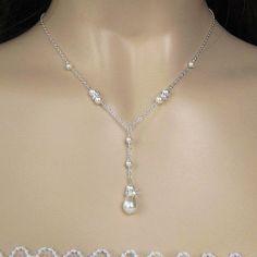 Teardrop pearl necklace